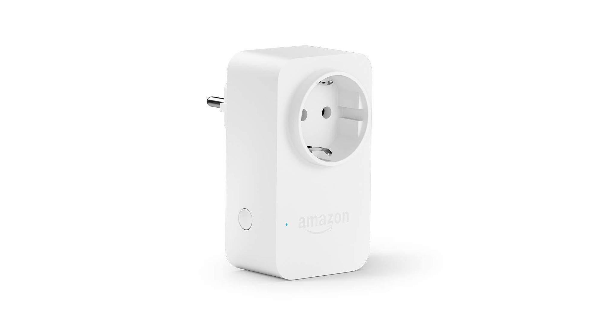 ea832e5e8e686 Pas de fioriture pour ces Amazon Smart Plug : une prise, une connexion  Wi-Fi 2,4 GHz et un bouton d'allumage. C'est tout. Volontairement simple,  elle n'a ...