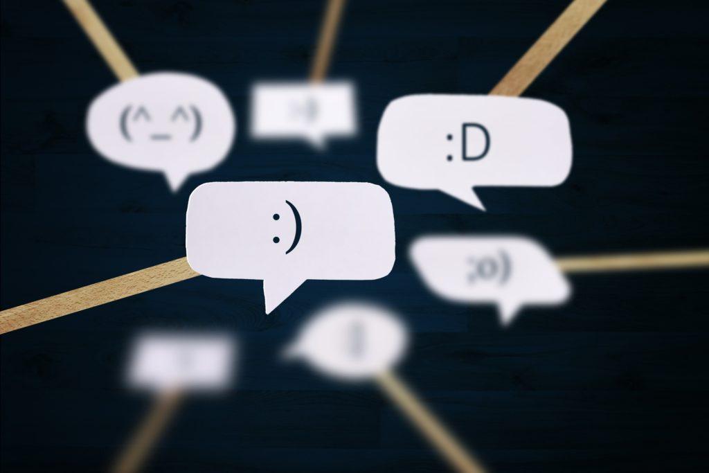 SMS smiley émoticone