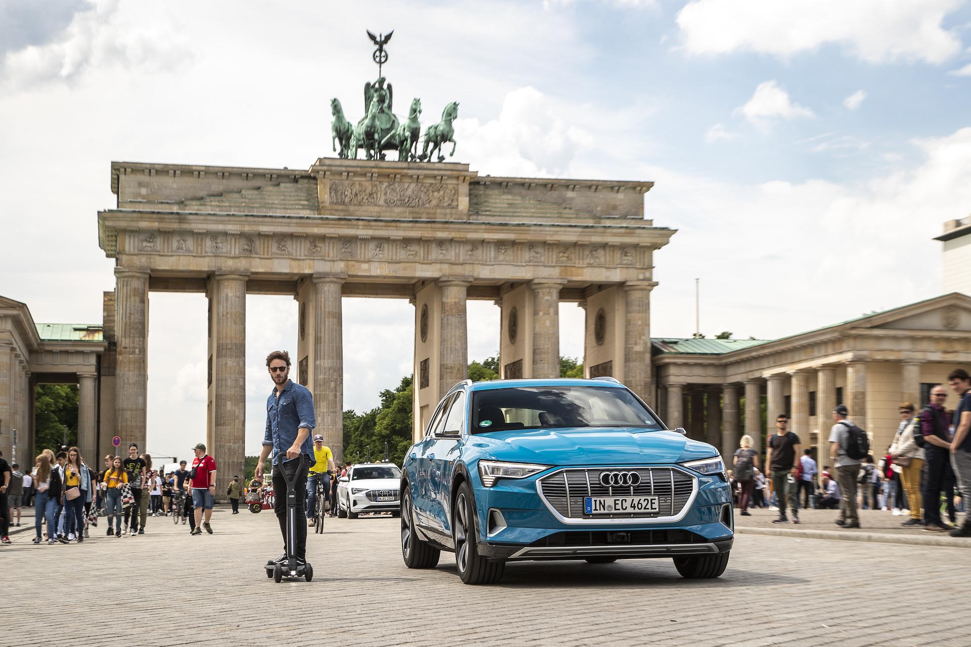 E-tron Scooter : cette trottinette électrique dévoilée par Audi coûte 2 000 €