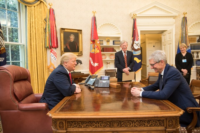 Tim Cook Donald Trump en 2018