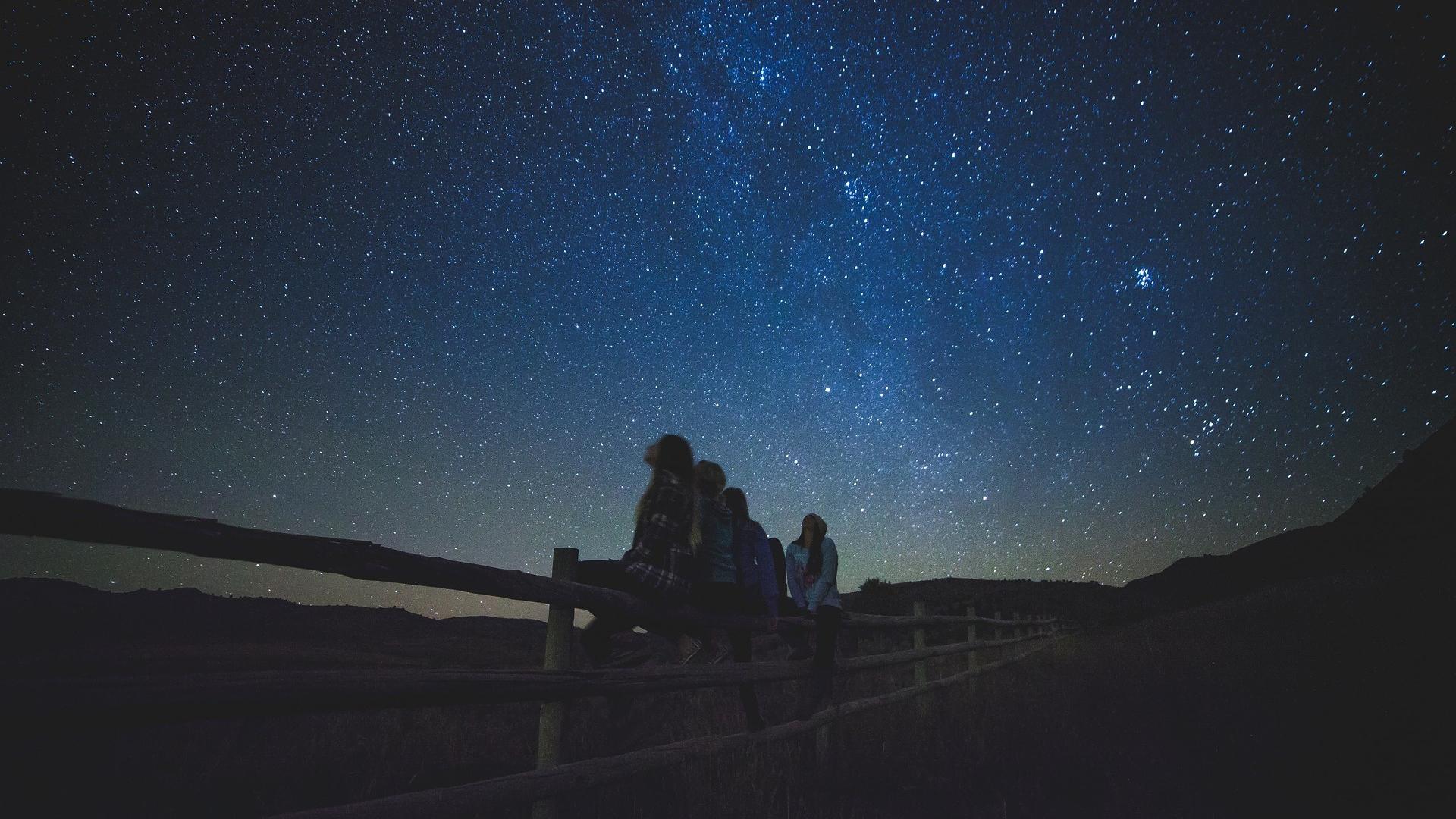 Lune étoiles Filantes Uranus Que Voir Dans Le Ciel En