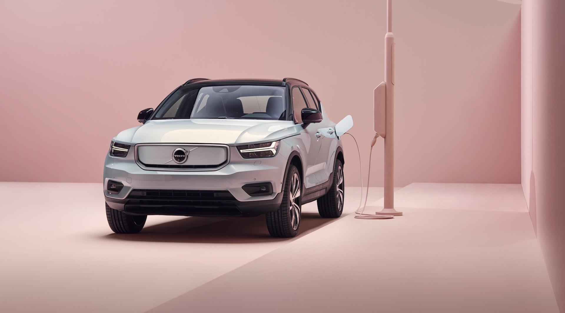 Volvo se lance dans le 100 % électrique avec le SUV XC40 Recharge