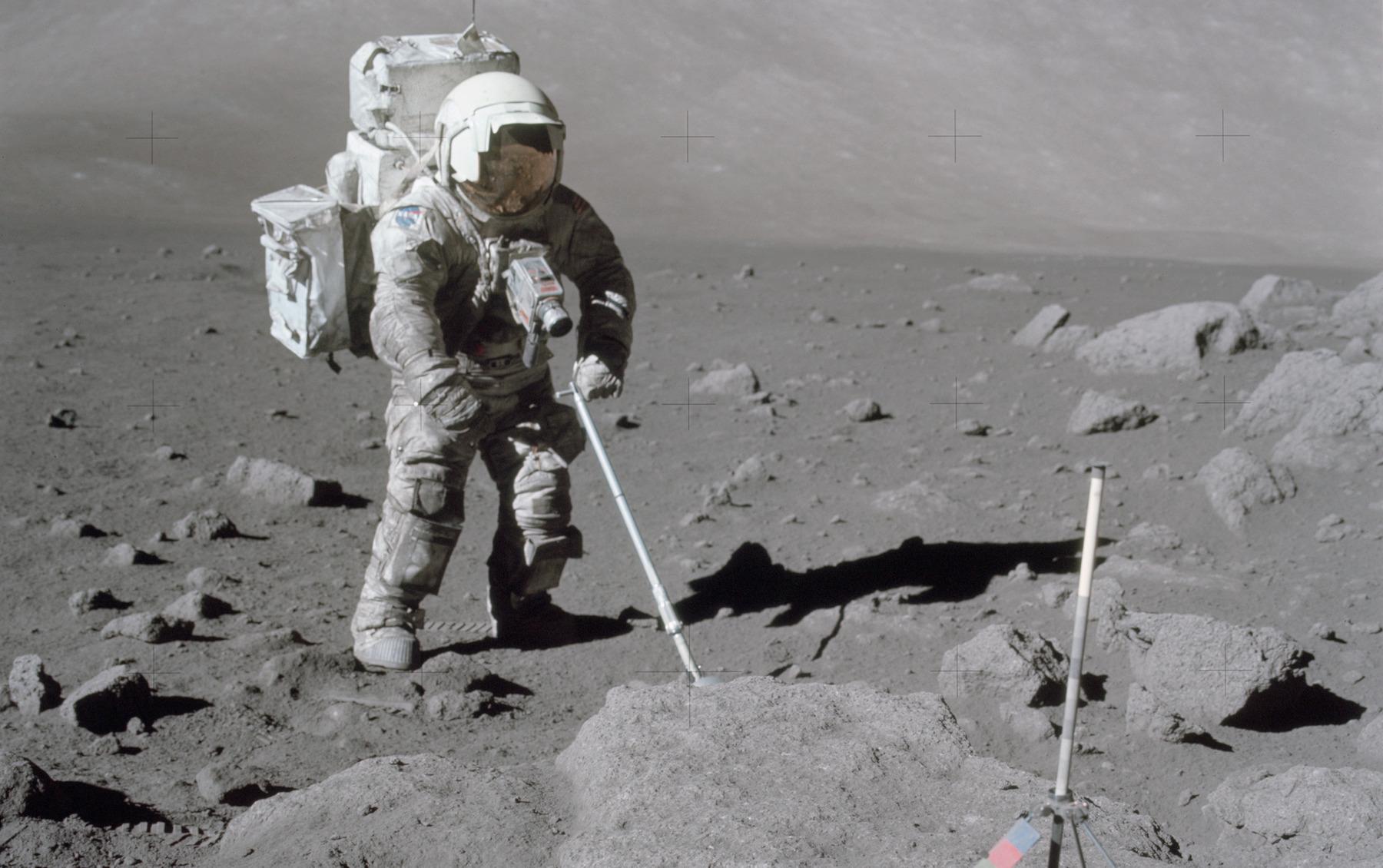 On sait enfin comment extraire l'oxygène du sol lunaire (et ce sera utile pour les futures missions)