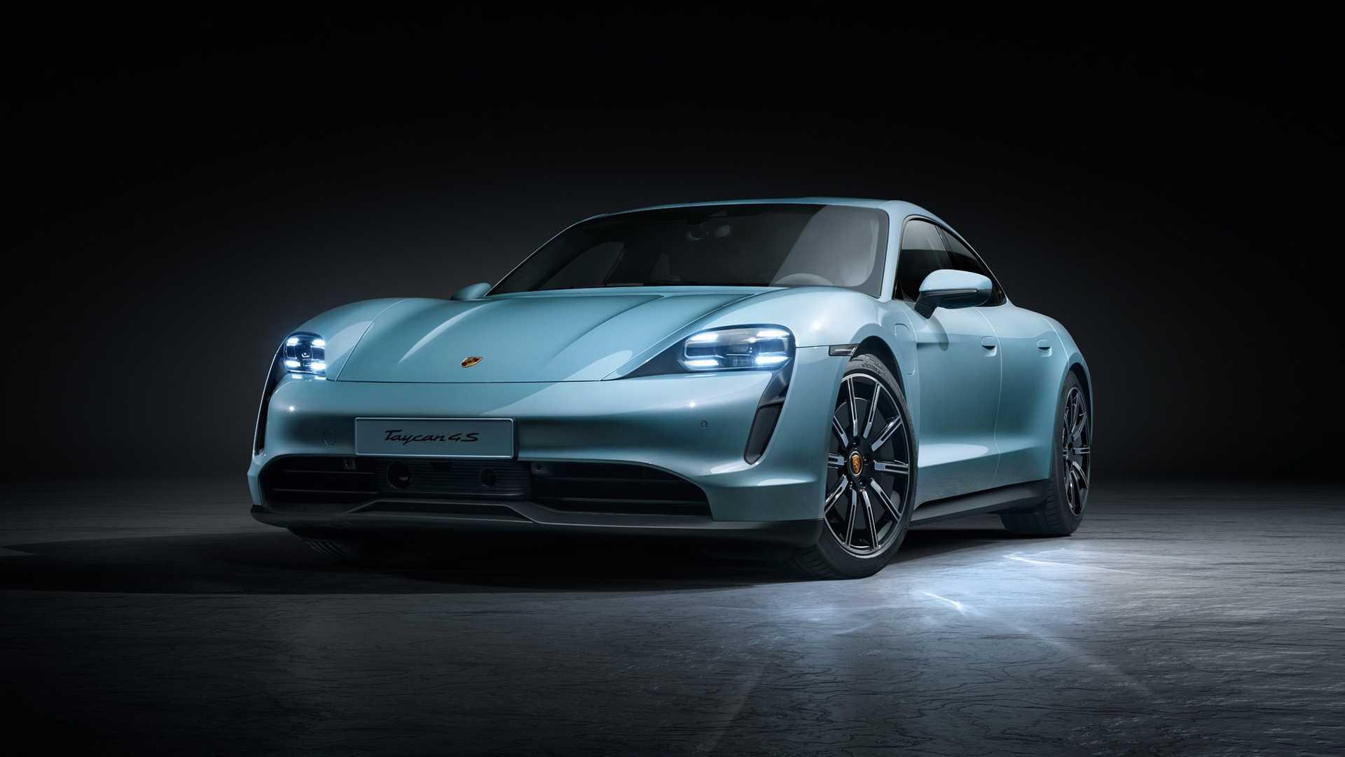 Taycan 4S : Porsche présente une troisième voiture 100 % électrique moins chère
