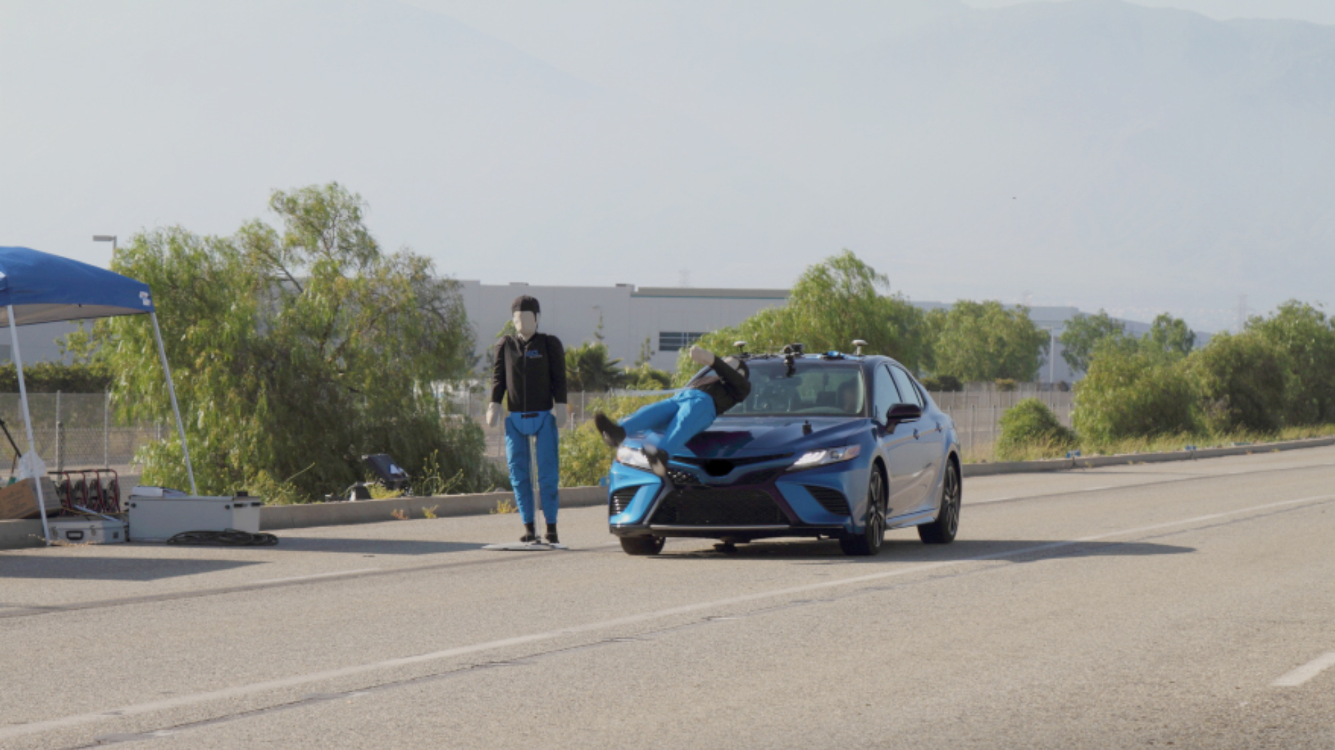 Une association a testé les systèmes de sécurité de 4 voitures avec de faux piétons : ça tourne mal