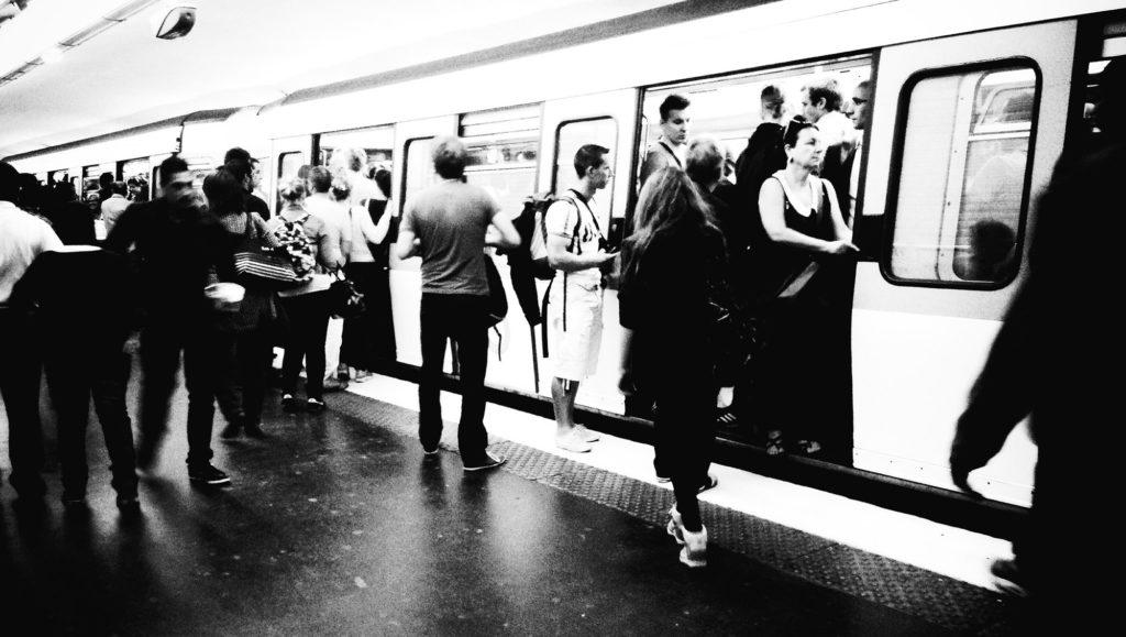 train transport rer métro grève