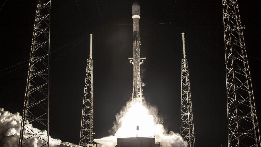 Starlink fusée lanceur Falcon 9