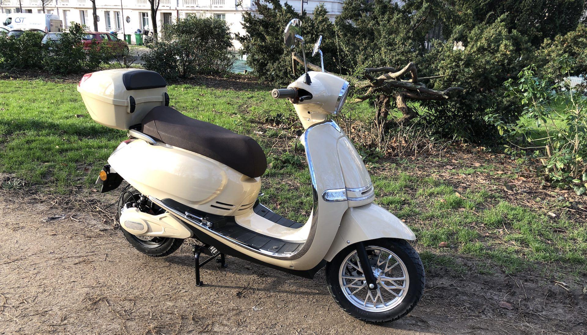 Scooter : le meilleur équivalent 125  4-rider-5000