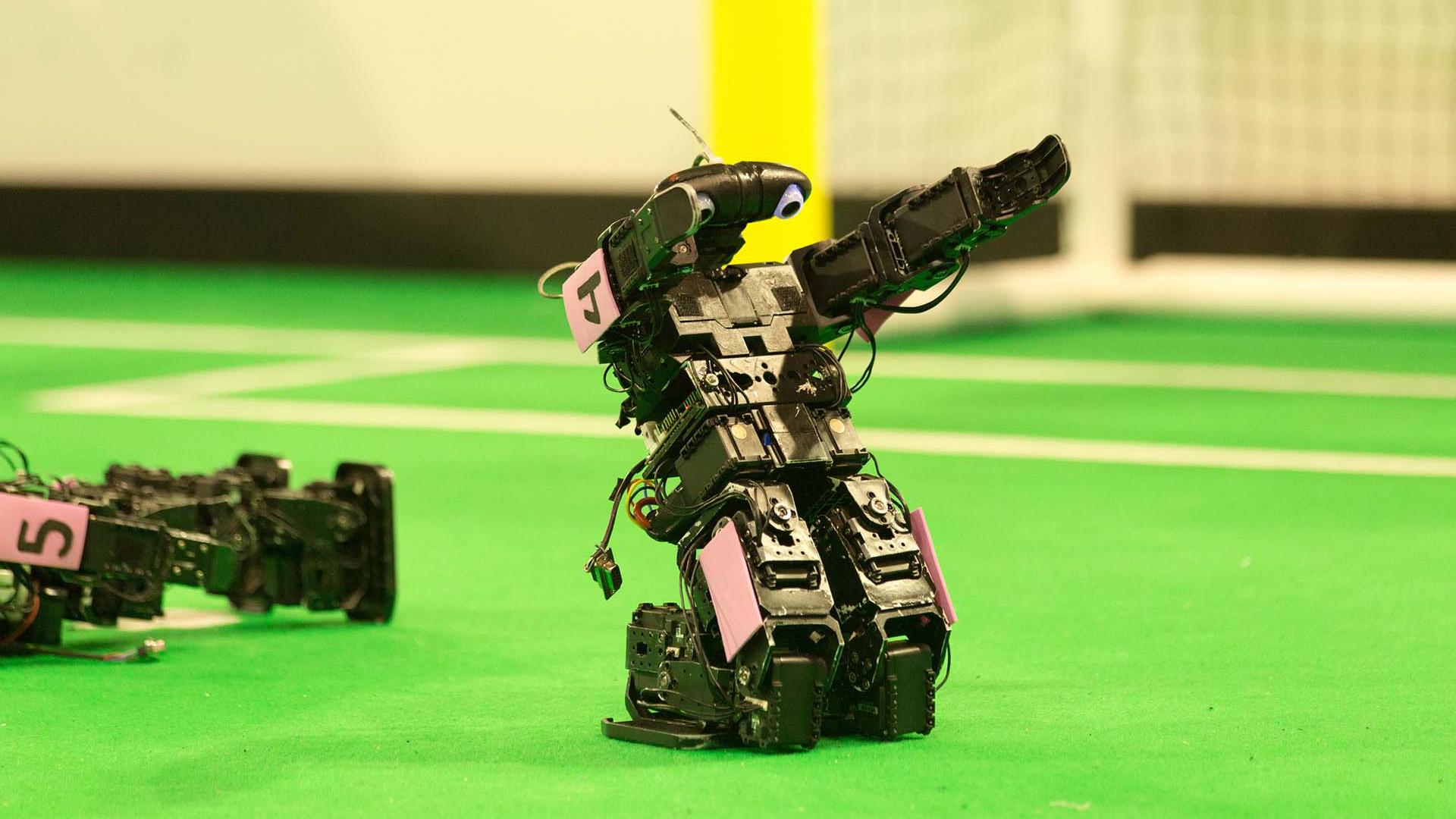 Le coronavirus force le report de la Coupe du monde des robots prévue en France