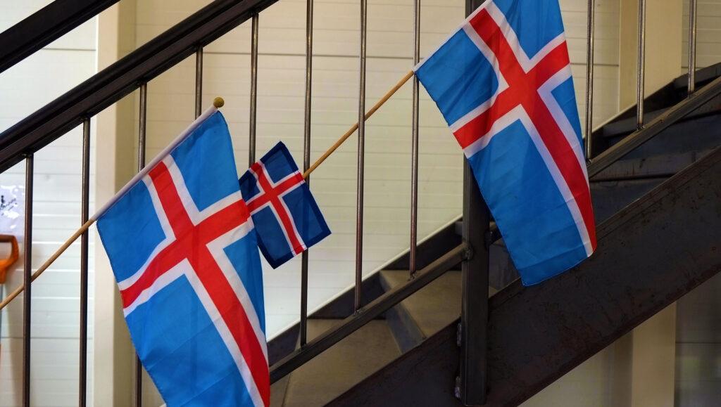 Islande drapeau
