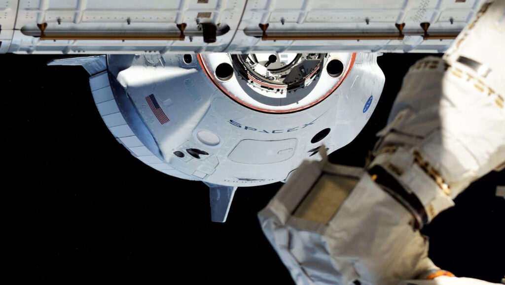 SpaceX ISS dock Crew Dragon