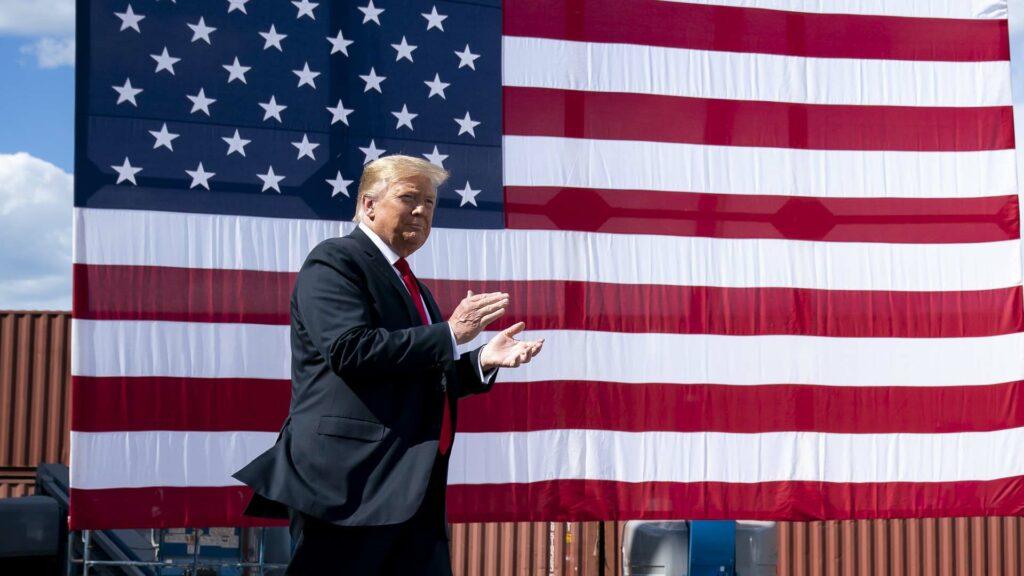 Donald Trump drapeau USA