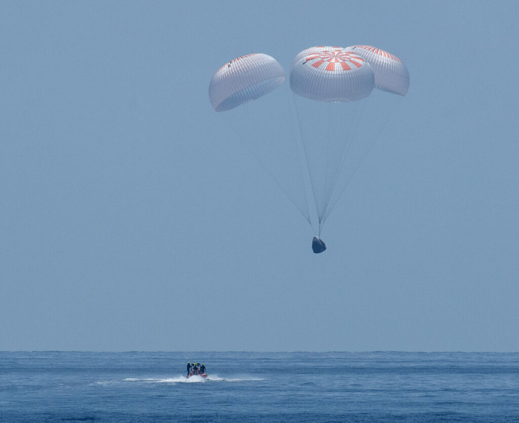 SpaceX Crew Demo 2 Crew Dragon Splashdown