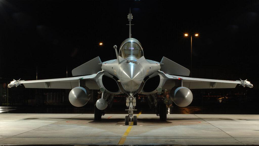 Dassault Rafale hangar