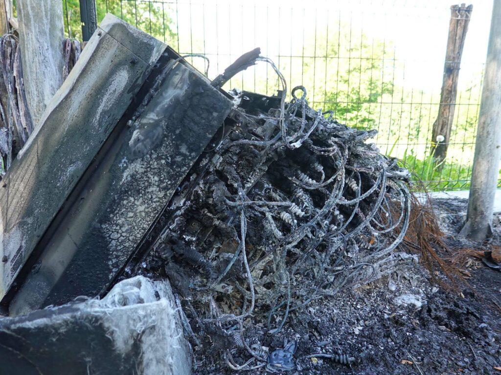 équipement télécom détruit par le feu
