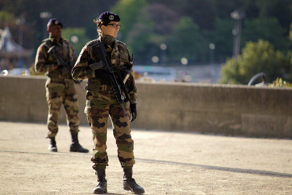 Armée vigipirate soldat