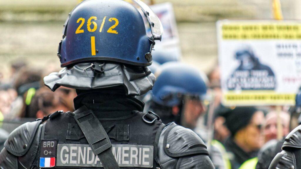 gendarme force de l'ordre