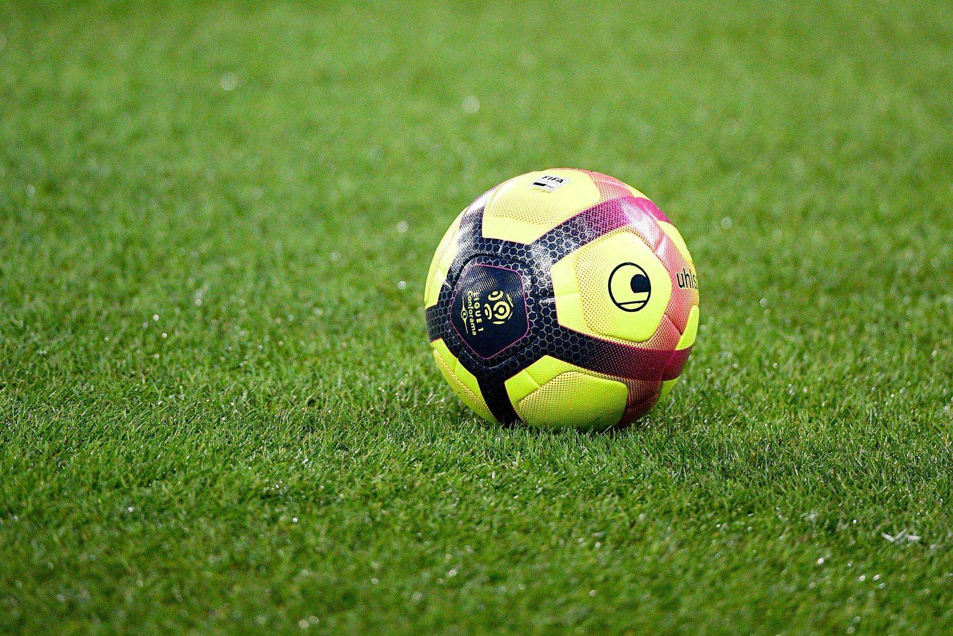 Foot en streaming : sur quelles chaînes voir les matches de la saison 2021/2022 ?