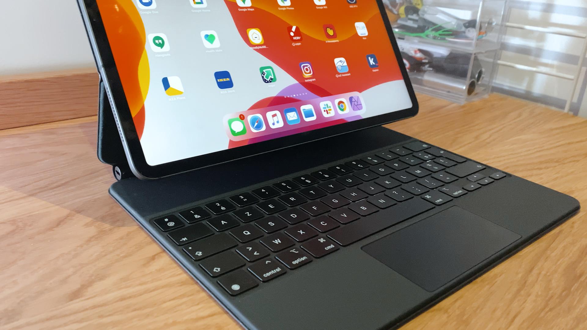 Le Magic Keyboard de 2020 est compatible avec les nouveaux ...
