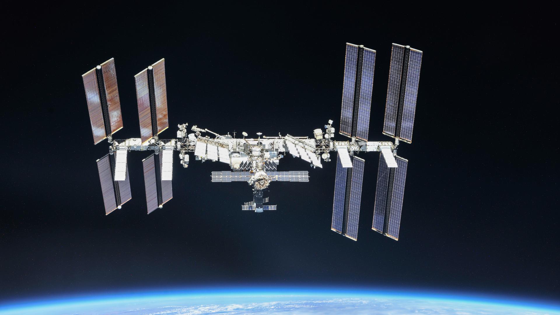 Ce dimanche, regardez en direct la sortie dans l'espace des astronautes de l'ISS - Numerama