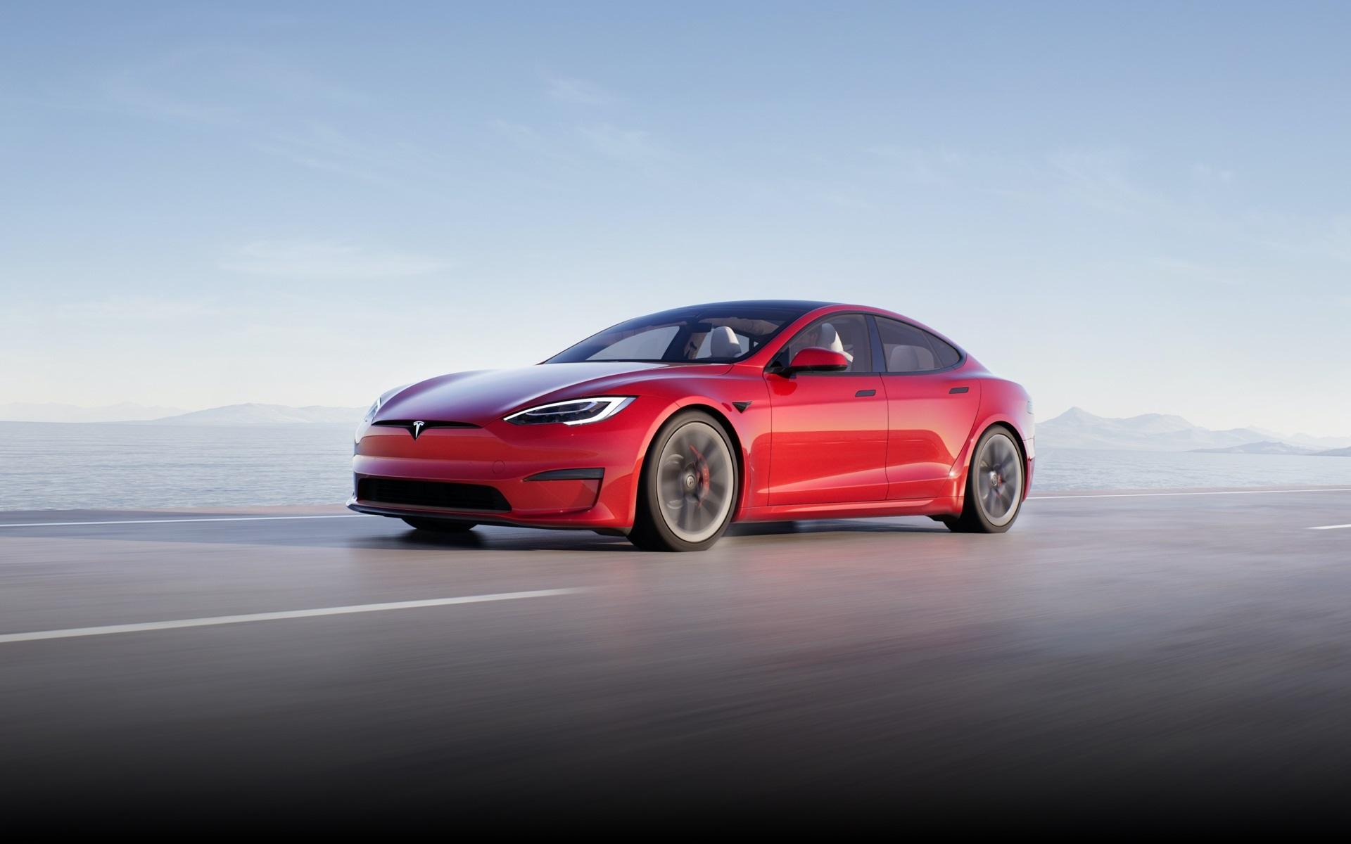 Comment réagit une voiture Tesla si l'on s'endort au volant