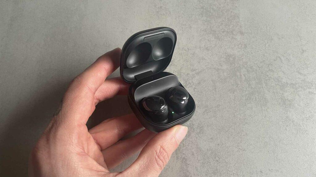 Actualités - 2021 Test des Samsung Galaxy Buds Pro: des écouteurs réussis qui n'excellent en rien
