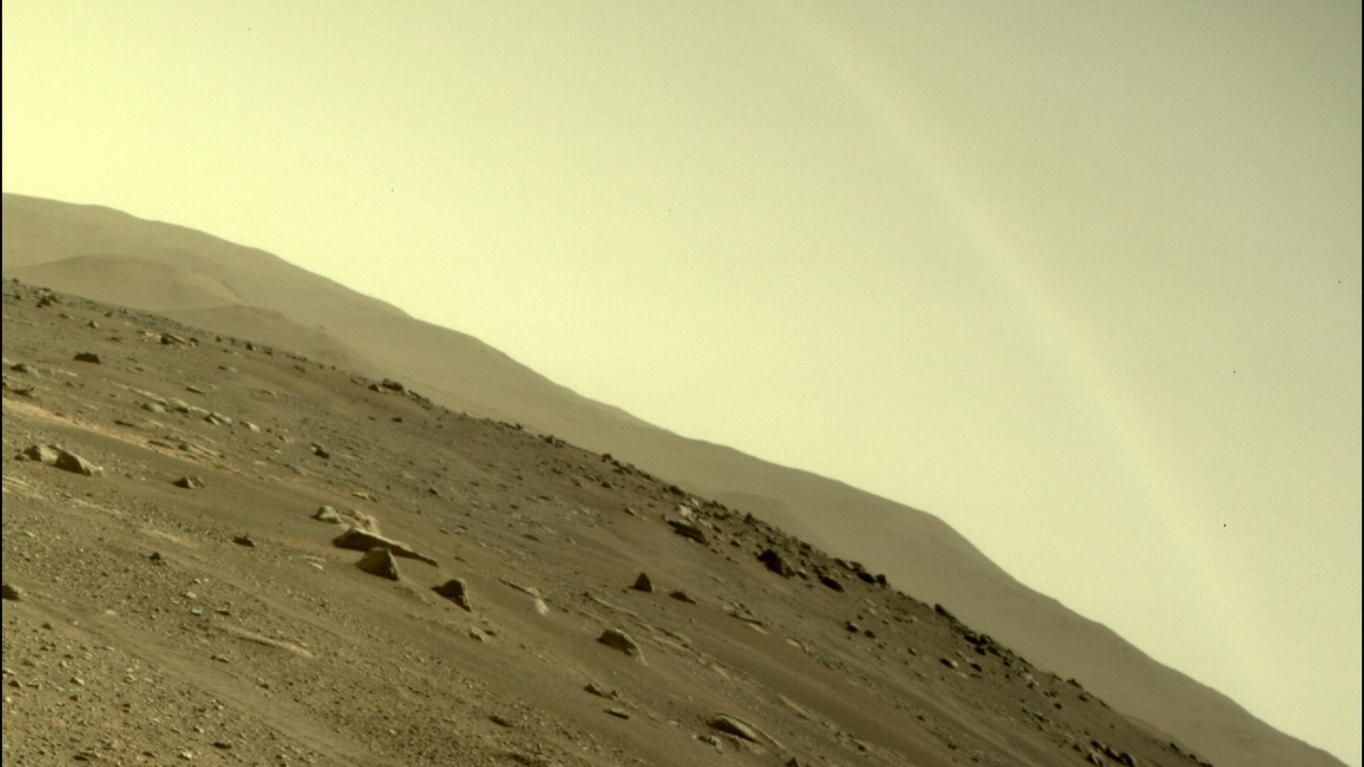 Non, le rover Perseverance n'a pas photographié un arc-en-ciel sur Mars