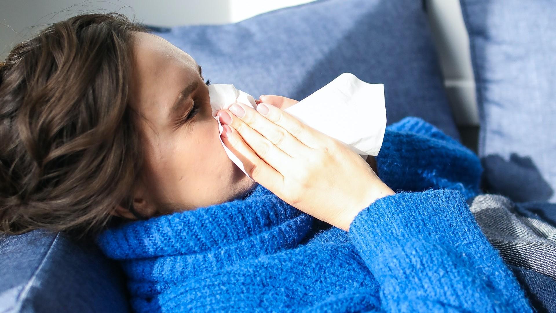 Symptômes, cas contact : même après le vaccin covid, il faut se faire tester