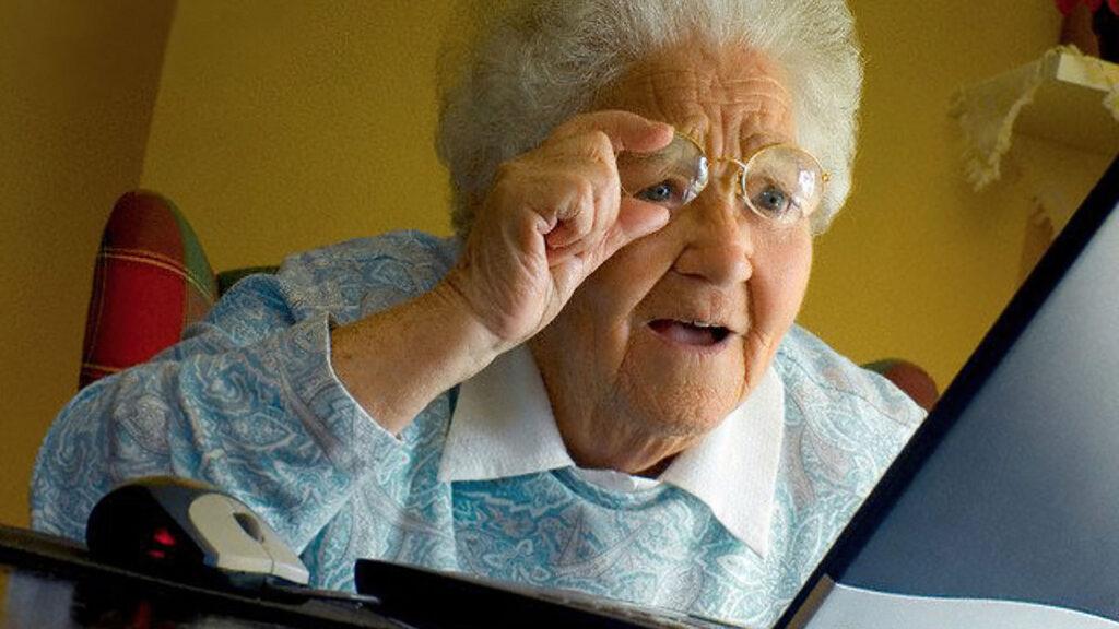 mémé grand-mère senior