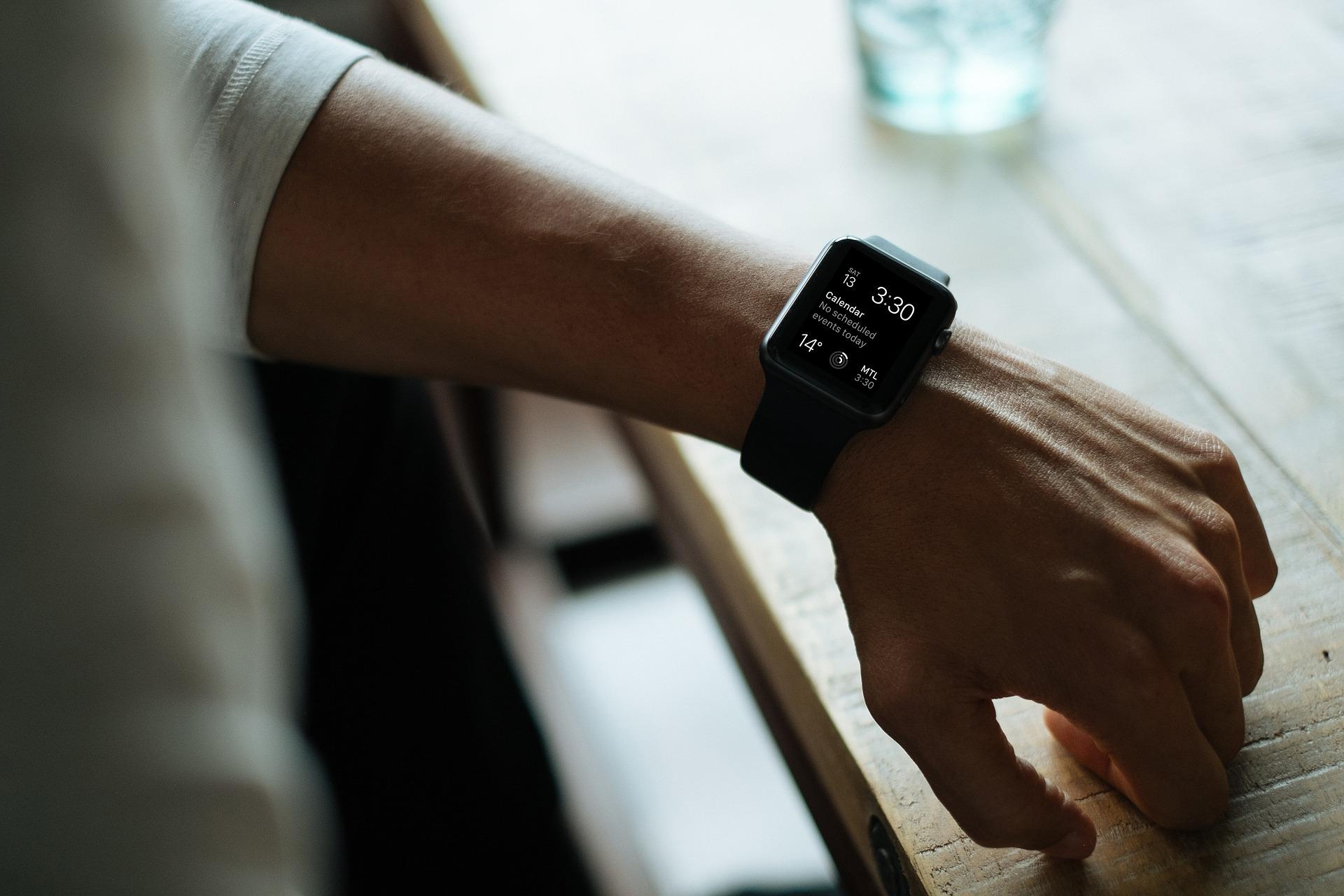 Non sécurisée, une smartwatch bon marché révèle la position et les données de 5000 enfants
