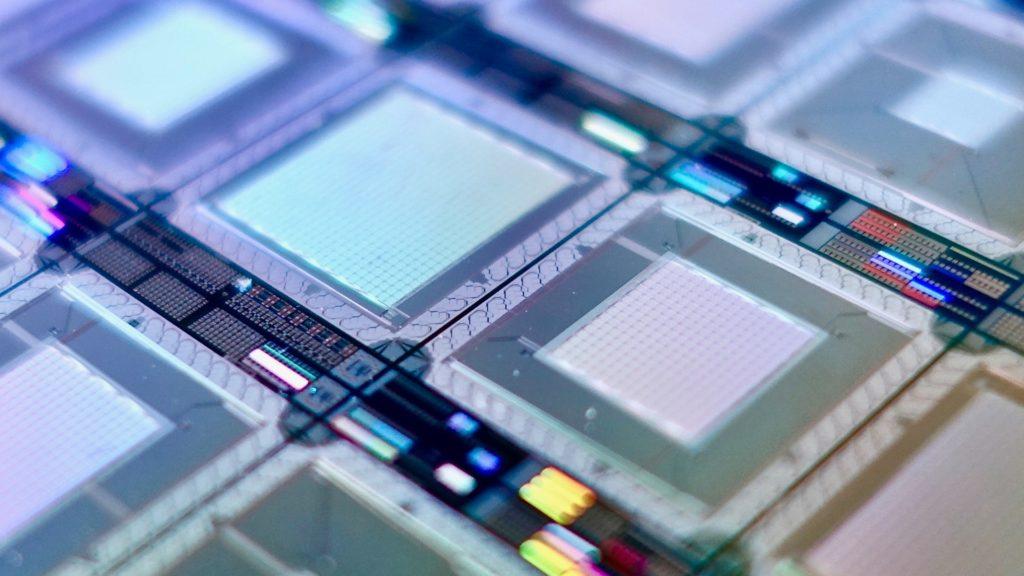 Comment la cryptographie se prépare à faire face aux cyberattaques quantiques