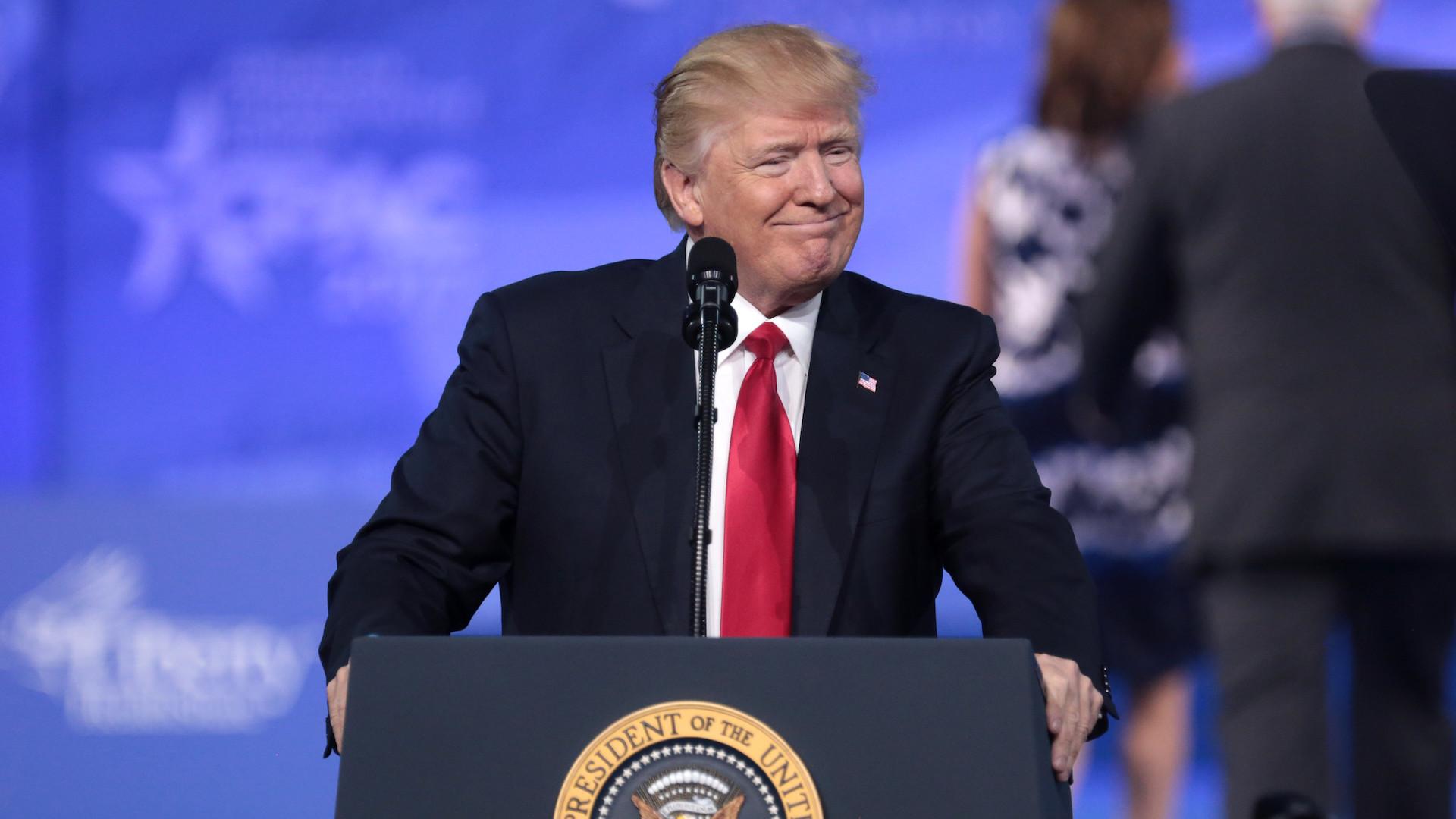 Élections US: le chef de la cybersécurité réfute toute fraude, Trump le vire