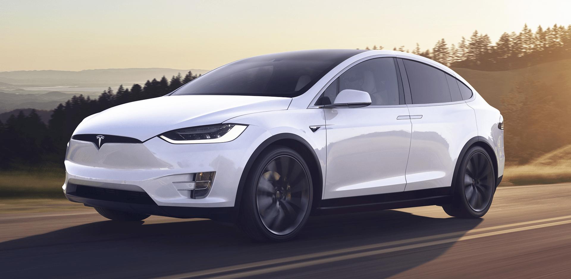 Comment un chercheur a réussi à pirater la clé électronique des Tesla Model X pour s'en emparer